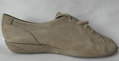 Vintage Hush Puppies size 8 Suede shoes Ladies lace-ups Leather casuals flats